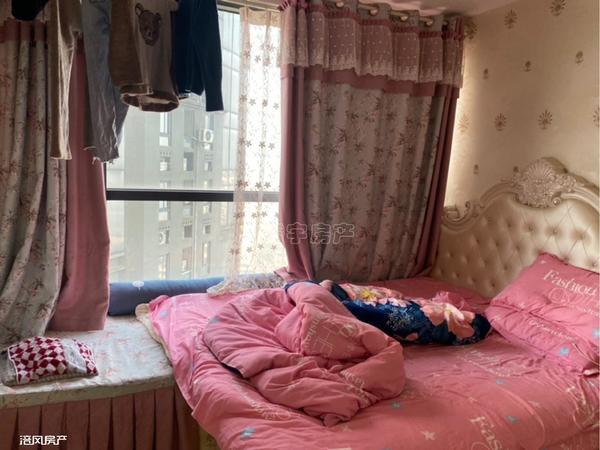 泽胜双子塔精装修一室出售