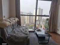 出租泽胜中央广场 一室一厅 1000元 随时看房 拎包入住