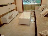 黎明路 单位集资房 实际面积有六七十平米 3室 总价28万