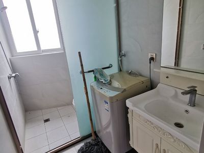 出租澳洲国际商务城1室1厅1卫42平米1400元/月住宅
