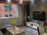 新加坡花苑旁精装3室送大露台40平米,免费停车,实验小学学位急售36.8万