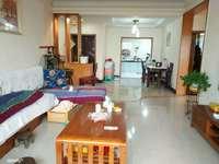 大塘路口附近正规2室2厅可改3室 精装修80平 出脚方便 价格仅26.8万