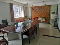 出售御座名邸4室2厅2卫161.5平米85万住宅