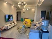 出售红星国际广场3室2厅2卫86平米52万住宅