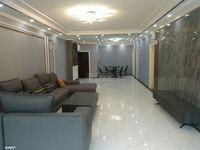 电梯房,客厅宽敞明亮,大户型,人多也不担心住不下,你值得拥有!