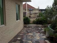 黎明路电梯房.精装3室2厅带屋顶花园视野效果好 现价格75万